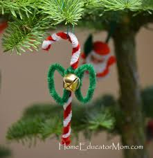 25 Candy Cane Crafts That Make Gorgeous Christmas Decorations Christmas Crafts Using Candy Canes
