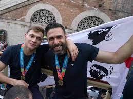Italia, Sirigu mattatore della festa: l'uscita che fa impazzire il web -  VIDEO