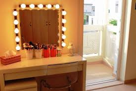 Bedroom Vanity Set With Lights Dressing Table : JAMES DECORATIONS ...