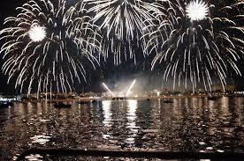 """Résultat de recherche d'images pour """"photo de feu d'artifice sur le bassin d'arcachon"""""""