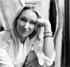 Meet Nikki Stinson | Artist – SHOUTOUT DFW