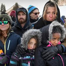 Hundreds rally in sub-zero temperatures to show love, not hate, defines  Whitefish | Local | mtstandard.com