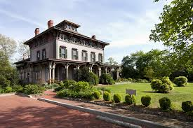 Roanoke. Real Estate