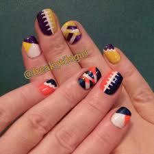 Chicago Bears & Minnesota Vikings, nail art, NFL nails   My nails ...