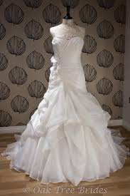 blue by enzoani dallas colour ivory condition sle 150 rrp 1135 you save 985 designer wedding dress