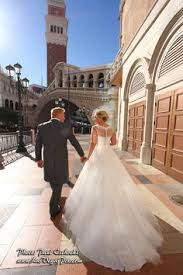 professional photographers las vegas. Delighful Professional Affordable Las Vegas Wedding Photography Offers Budget Prices On LasVegas  Weddings Photographer Chapel Minister Chapels Elvis Casino Event Reception Cheap  To Professional Photographers W