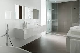 Simple White And Gray Bathroom Ideas on Small Home Remodel Ideas
