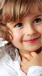 4k Cute Baby Girl Wallpaper