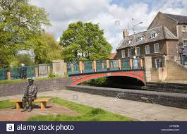 mainwaring stock photos mainwaring stock images alamy statue of captain mainwaring arthur lowe s dad s army character thetford norfolk england by victorian bridge