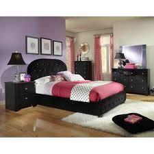 Marvelous Marilyn Bedroom Set W/ Black Bed