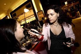 artist job description laura mercier laura mercier s brushes with greatness makeup