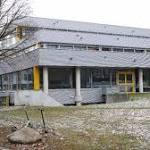 Auf Adventsmarkt einer Schule bei München | Betrunkene Lehrerin würgt drei Kinder – Klinik!