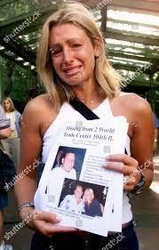 Rachel Uchitel holds photo her fiance ...