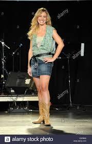 Jun 7, 2011 - Nashville, Tennessee; USA - Singer JOANNA SMITH takes Stock  Photo - Alamy
