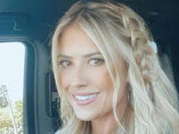 Christina Haack SLAMS negative trolls ...