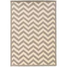 silhouette chevron grey and white 5 ft x 7 ft indoor area rug