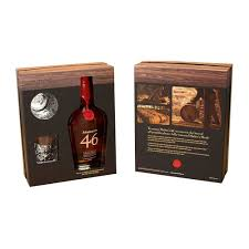 maker s mark 46 gift set with 2 gles