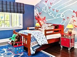 Charming Bright Airplane Themed Boyu0027s Bedroom