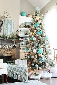 Have Yourself An Icy Little Christmas Refreshing Blue And Aqua Blue Christmas Tree Ideas
