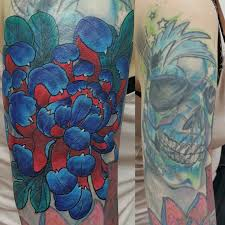 хризантема Cover Up тату на плече у девушки добавлено юрий сурков