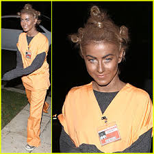 julianne hough crazy eyes orange is the new black costume