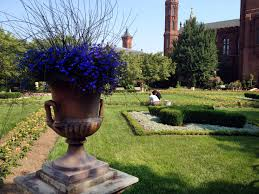 Decorative Garden Urns Garden Urns 75