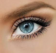 the 25 best ideas about blue eye makeup on eye shadows for blue eyes eyeshadow for blue eyes and eyeshadow blue eyes