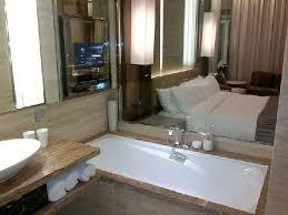 the fullerton bay hotel singapore huge bathtub