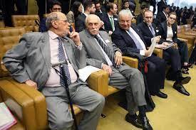 STF resguarda direito até fim do julgamento, diz defesa de Lula