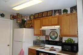 minimalist kitchen decorating themes decor cafe ideas home