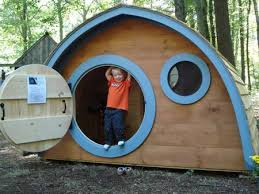 Casette Per Bambini Fai Da Te : Hobbit hole house le case degli per i bambini