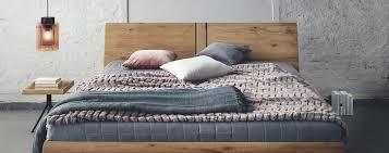 Im Eigenen Bett Schläft Es Sich Am Besten Designmöbel Von Contur