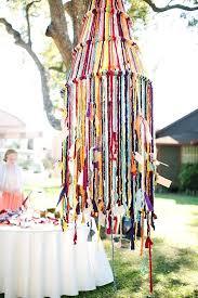 diy yarn chandelier best yarn chandelier ideas on yarn globes wedding photo by photography diy yarn chandelier