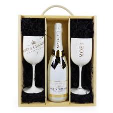 chagne gift box moet et chandon ice imperial 75cl with 2 branded moet goblets 696536704392 ebay