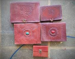 6 things you must know about handmade vintage leather journals