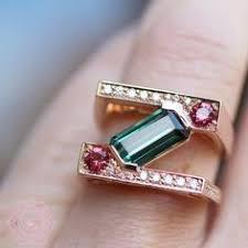 <b>Золотое кольцо</b> с изумрудами и бриллиантами SUNLIGHT ...
