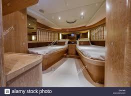 Italien Fiumicino Rom Alfamarine 78 Luxus Yacht Gäste