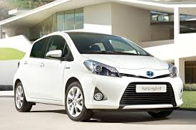 Toyota Yaris 15 Full Hybrid Aspiration 2013 Review Autoweeknl