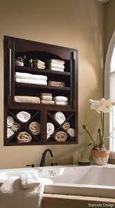 bathroom towel storage organizing