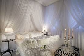 white canopy bed ds with ottoman and candles for bedroom decoration ideas