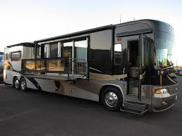 Even wondering about a RV that completed with modern entertainment system,  modern kitchen, and