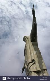 Cristo Redentore (Portoghese: Cristo Redentor) una statua di Gesù Cristo a  Rio de Janeiro in Brasile Foto stock - Alamy