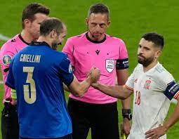 Lügner: Chiellini, Alba und die Verwirrung um die Seitenwahl - Sport - idowa