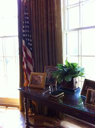 bush library the replica of the oval office bush library oval office