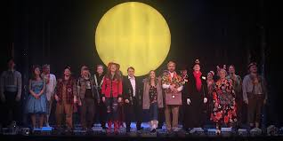 So, even though there's some repetition by reliving groundhog's day many times over, it's done in such a quick and. Bww Review Groundhog Day Musical Mandag Hela Veckan At Wermland Opera