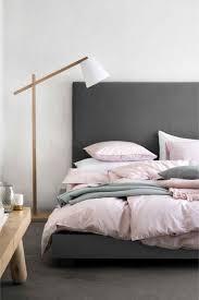 Rosa Und Graues Schlafzimmer Trendige Dekorationsideen Für
