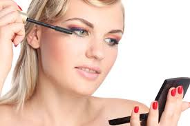 important things to consider when applying daytime makeup