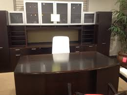 Classic office interiors Luxury Indiana Revolutions Executive Office Atlanta New And Used Furniture Classic Office Interiors Classic Office Interiors New Furniture Ready To Move New And Used Office Furniture Atlanta