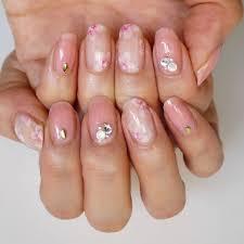 爪先も春満開 手描きで上品桜ネイルギのセルフネイル手本帖