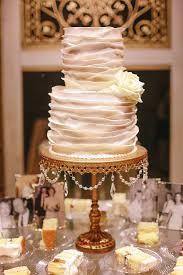 Rustic Vintage Mississippi Wedding Meagan Matthew 100 Layer Cake